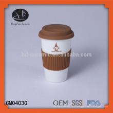 Caneca de café do curso da porcelana, caneca do presente promocional com tampa do silicone, copo cerâmico