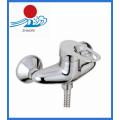 Robinet de douche à une poignée dans un robinet de baignoire (ZR22004)