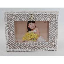 Красивая кружевная деревянная фоторамка для домашнего декора