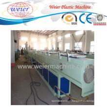 Linha de produção expulsando da maquinaria da tubulação plástica do PE do LDPE do HDPE