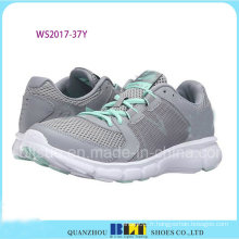Chaussures de sport colorées avec chaussures