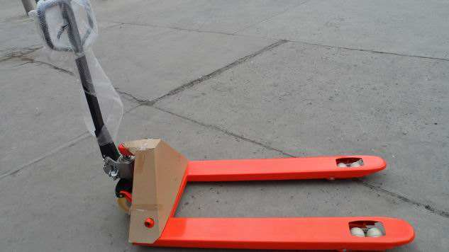 warehouse hand forklift