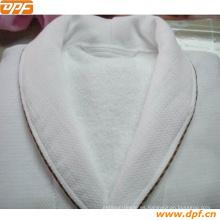 100% algodón doble Waffle Albornoz de China (DPF2423)