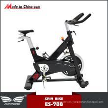 Ciclo de ciclismo en el interior Driven Body Fitness Spinning Bike Comentarios