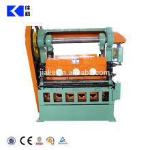 Machine de fabrication de treillis métallique déployé automatique