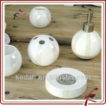 China Factory Ceramic Porcelain Bathroom Accessory Set Bath Product