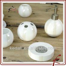 China Factory Ceramic Porcelain Bathroom Accessory Set Bath Product