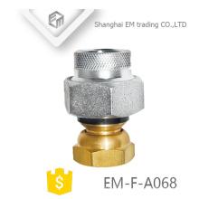 EM-F-A068 Duplo tubo niquelado baixo rússia união encaixe de tubulação