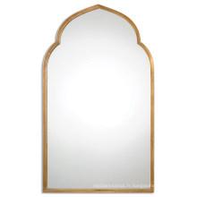 Miroir de mur encadré en métal vieilli d'or pour la décoration à la maison