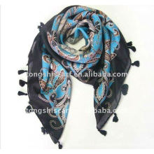 Площади саржевого шарф с бахромой