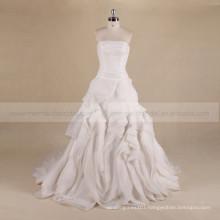 Terse boat neck peat ruffle organza wedding dress with a long train