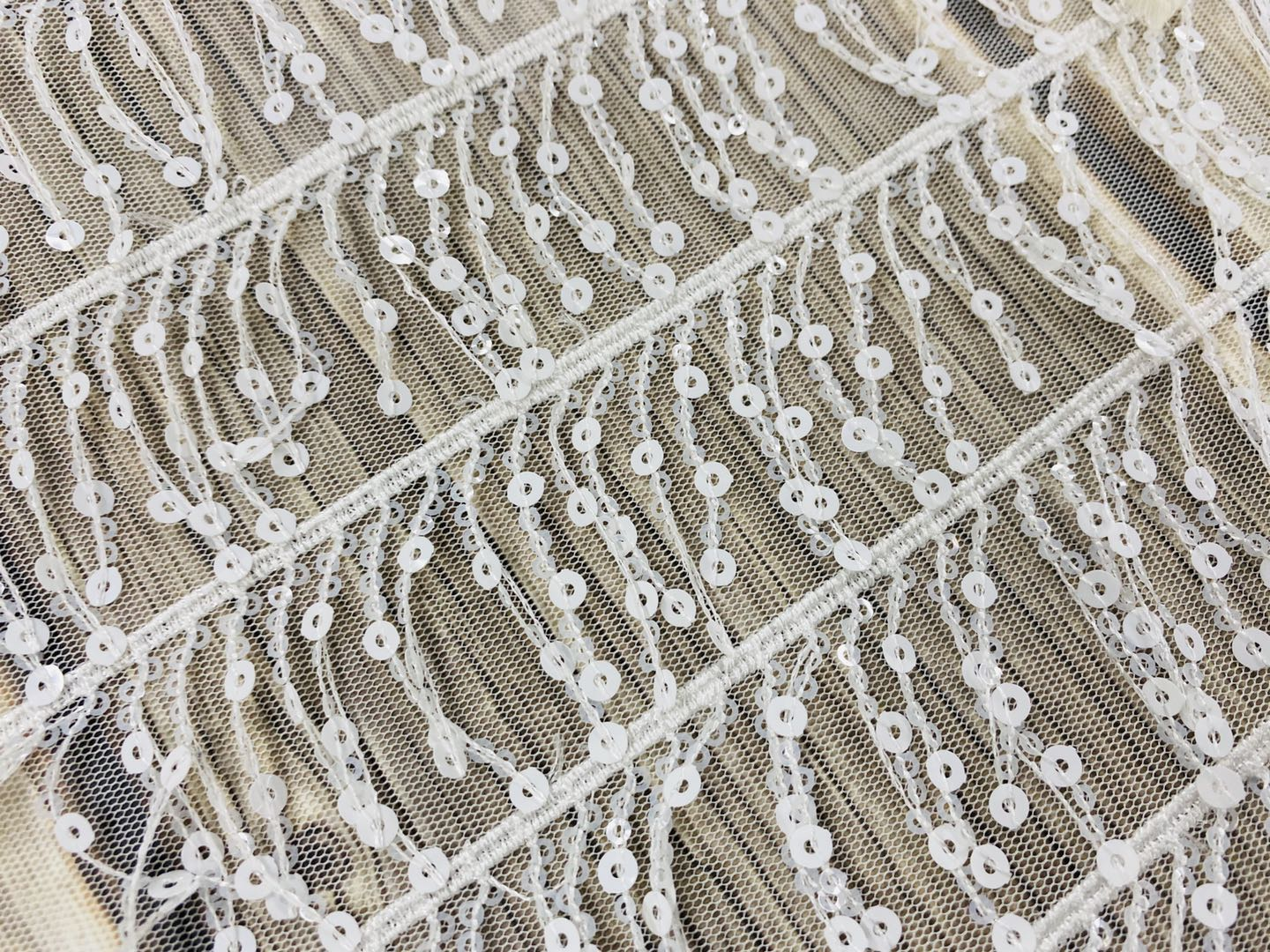 100 Polyester Natural Chalk White Spangle Embroidery Fabric