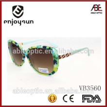 custom design lady fashion sunglasses with nice metal temple