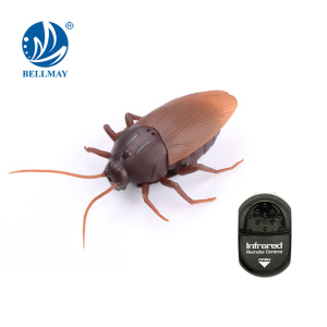 Simulation rc toys infrared remote control cockroach