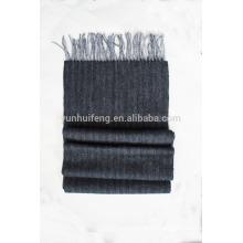 Écharpe en laine à chevrons