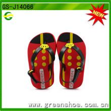 Sandálias de falso flip de design novo para bebê EVA