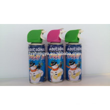 Gefälschter Schneespray mit Weihnachtsschnee