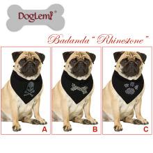 Doglemi Heißer Verkauf Pet Schal Zubehör Neue Benutzerdefinierte Pfote Knochen Schädel Drucken Logo Hund Bandana