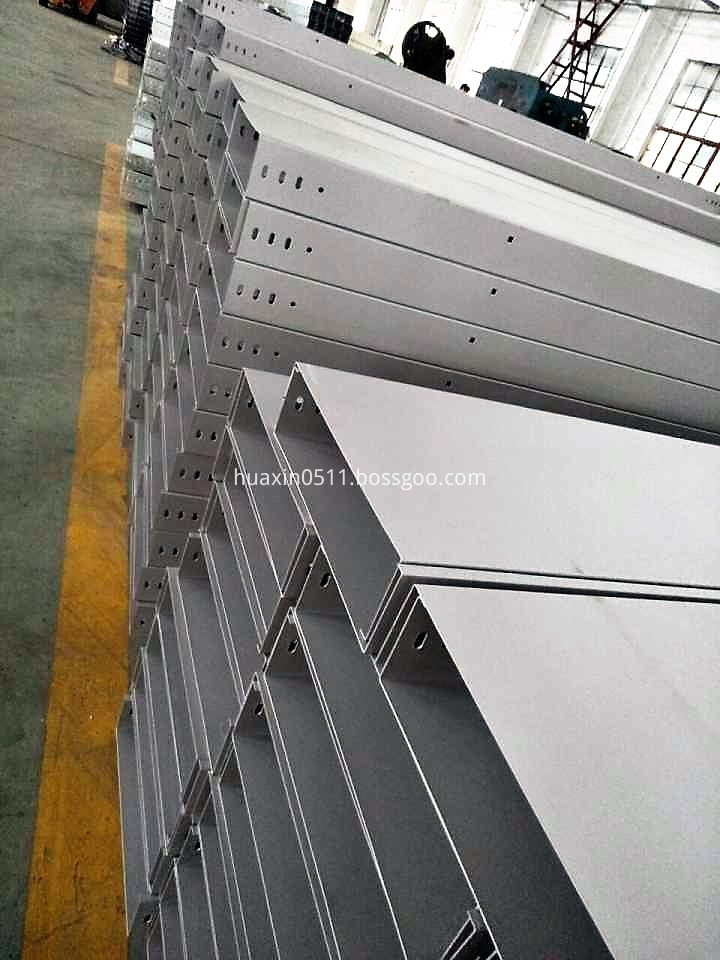 Spray paint Cable Ladders and Trays