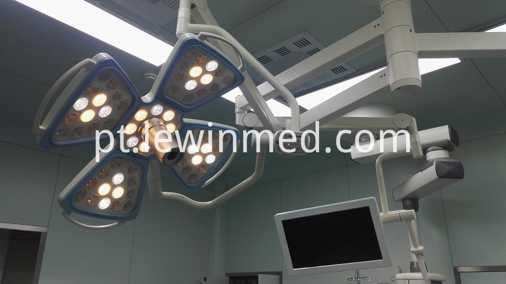 Surgical Lamp With Camera 2