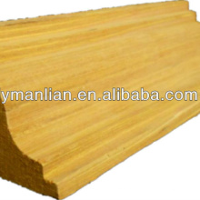 Cornisa de madera decorativa