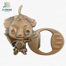 Abrebotellas de bronce del metal del regalo de la boda al por mayor de China de la aleación para promocional