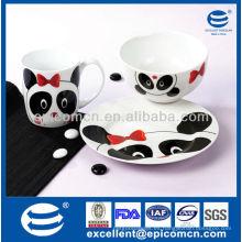 Regalo de la cena de la porcelana 3pcs fijado para el uso diario de los niños con la decoración de la panda