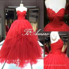 Magnifique robes en élastique en forme de coeur en forme de coeur rouge avec long train