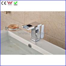 Китай высокое качество Waterafll Цвет СИД faucet тазика (FD15058F)
