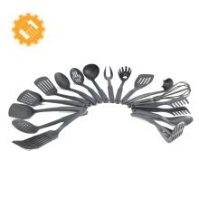 Buenos productos para cocinar, todos los utensilios de cocina, utensilios de cocina.