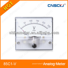 Mounted analog meter class 2.5 with plastic casing