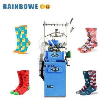 calcetines de algodón computarizados automáticos del verano que teje precio de la máquina que hace punto