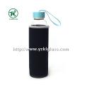 Стеклянная бутылка с крышкой из нержавеющей стали с наружным покрытием из неопрена,,.