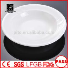 Usine de porcelaine P & T, plaques profondes, assiettes à pâtes