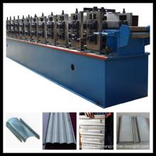 Metalltür, die Maschine herstellt