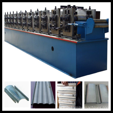 Rolling shutter door roll forming machine