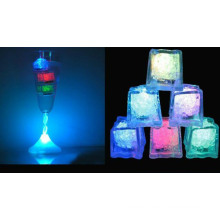 Heißer Verkauf populäres LED-buntes helles Eis