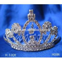 Profesional de diseño de moldes de fábrica directamente coronas de boda y velos