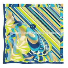 Шелковый шифоновый шарф с оригинальным дизайном