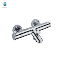 KWM-03 супер качество ванная комната твердой латуни для семьи поверхностного монтажа смеситель faucet современные типы кранов смесителя ливня ванны