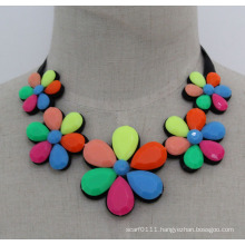 Lady Fashion Colorful Acrylic Flower Costume Necklace Jewelry (JE0170)