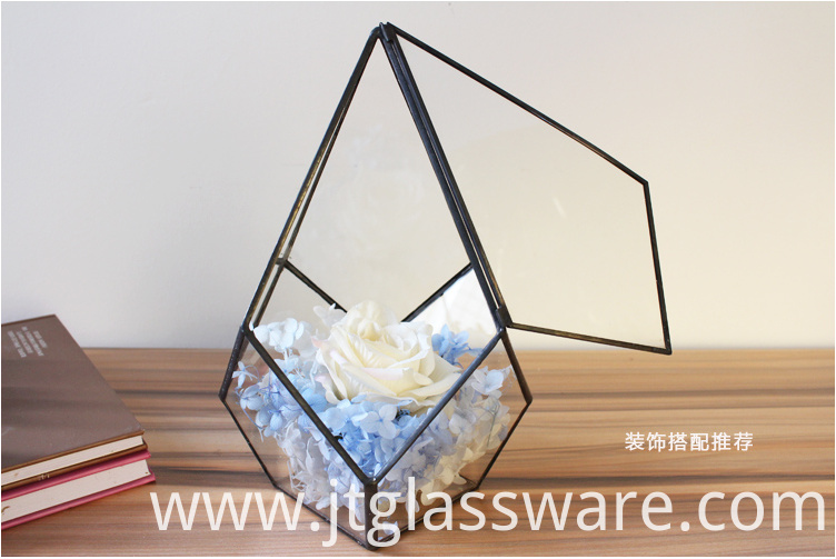 Square Glass Vase9