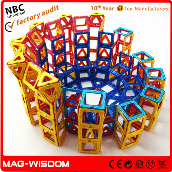 Plastic Magnetic building Blocks