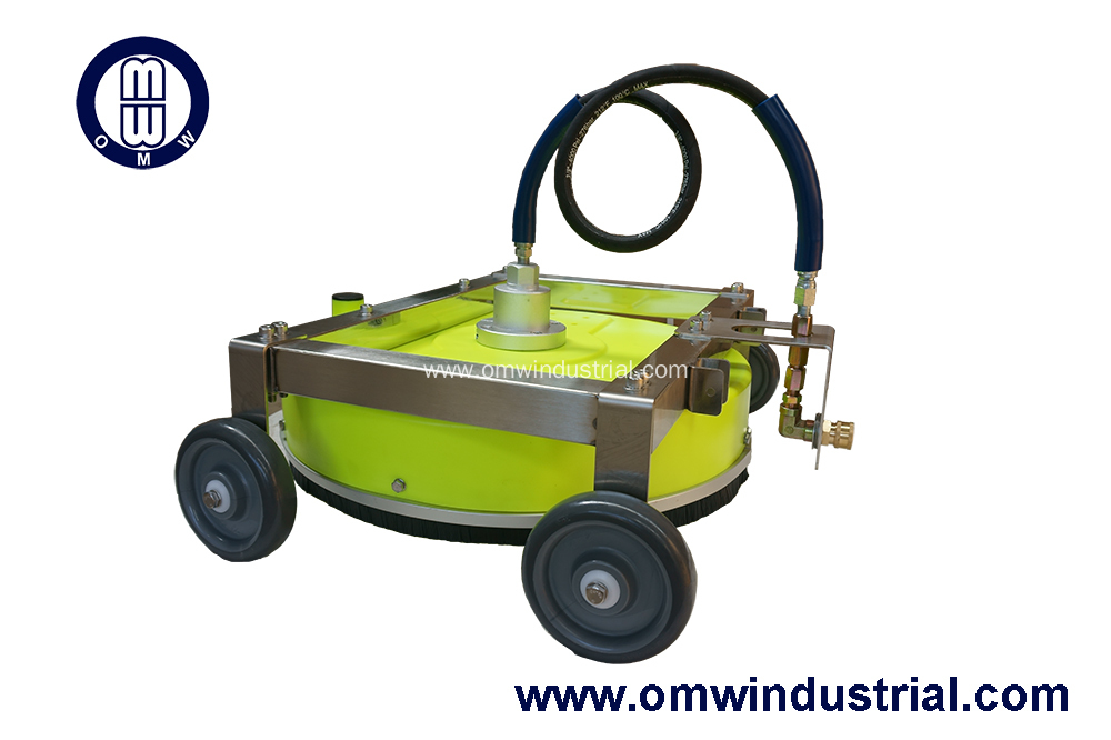 China 20 Quot Roof Cleaner With Plastic Deck Manufacturers