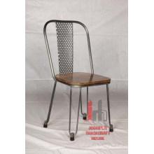 Chaise de salle à manger industrielle