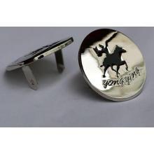 Etiqueta redonda del metal de los pantalones vaqueros del color de plata de encargo con la insignia negra