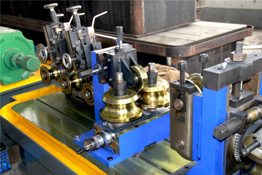 welded pipe machine04