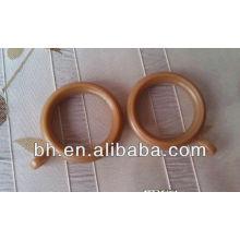 Золотые декоративные пластиковые кольца