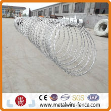 2014 razor Barbed wire fencing also called cyclone wire fence