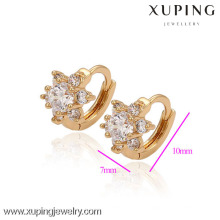 29592-Xuping Jewelry Crystal Huggie Pendientes para mujer con chapado en oro